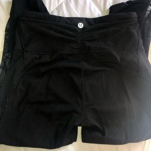 Lulu crop mesh leggings
